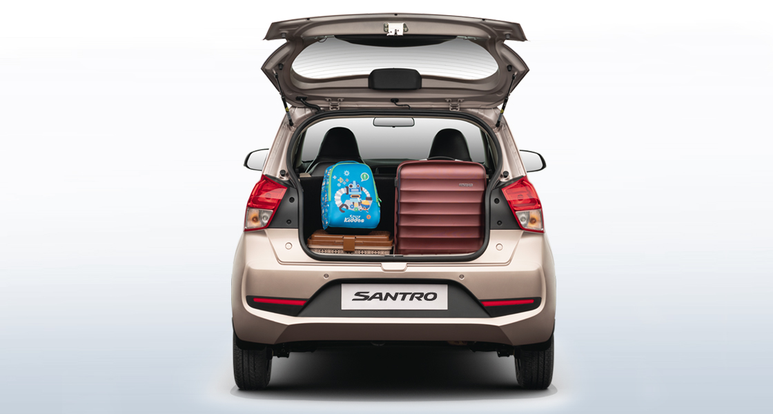 Full view of Santro Bootspace area